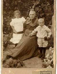 Foto Petronella Hendrika Johanna Broer-van der Ahee (1838-1918)